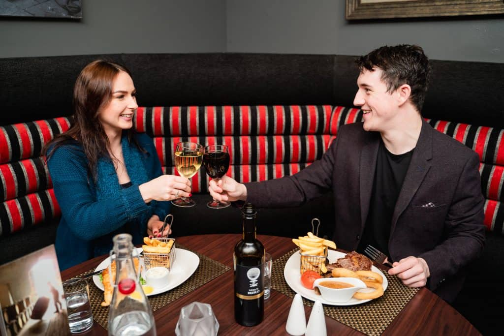 Molly's Bistro | Malone's Irish Bar | Local Food and Drinks | Aberdeen